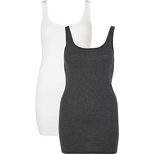 Grey and white scoop neck vest pack