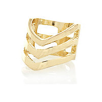 Gold tone triple chevron finger top ring