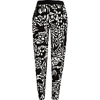 Black and white blurred tribal print joggers