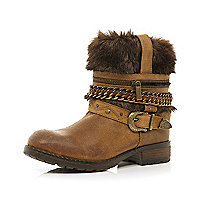 Brown faux fur chain trim ankle boots