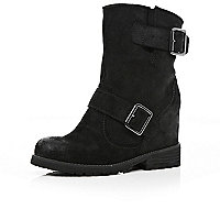 Black hidden wedge biker boots