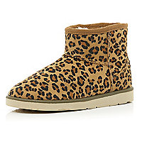 Brown leopard print faux fur lined boots