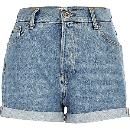 Mid wash roll hem denim shorts