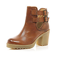Brown cut out crepe heel ankle boots