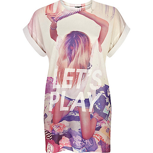 Cream let's play print oversized t-shirt