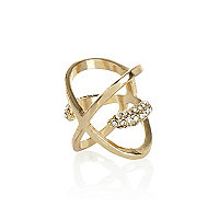Gold tone diamante kiss ring