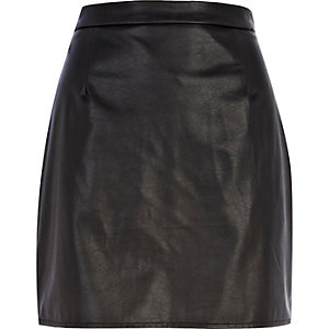 Black leather-look A-line skirt