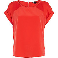 Red raglan sleeve t-shirt