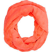 Coral faux fur snood