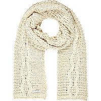 Cream chunky cable knit scarf