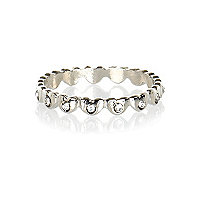 Silver tone diamante heart thumb ring