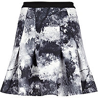 Black woodland print drop waist skirt