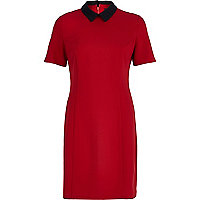 Red contrast collared shift dress
