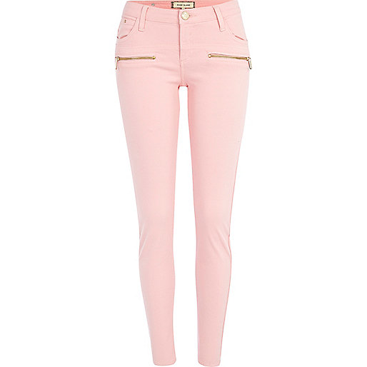 Light pink superskinny jeans