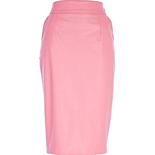 Pink leather-look pencil skirt