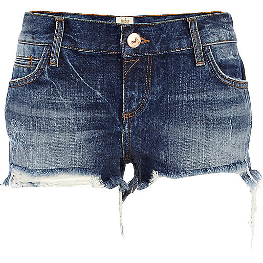 Dark wash frayed denim shorts
