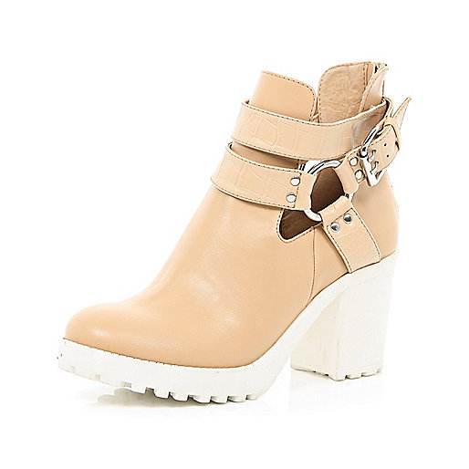 Light brown cut out cleated sole ankle boots