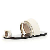 White slinky bracelet trim toe loop sandals