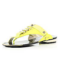 Lime metal trim toe loop sandals