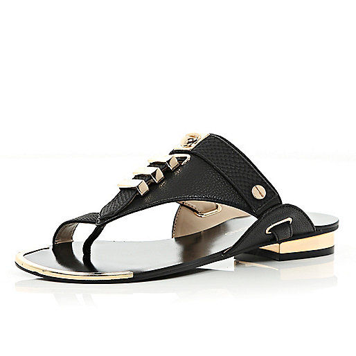 Black metal trim toe loop sandals