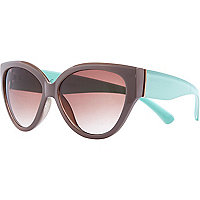 Brown two-tone cat eye sunglasses