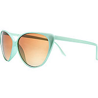 Light green cat eye sunglasses