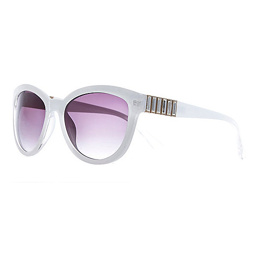 White gem stone cat eye sunglasses