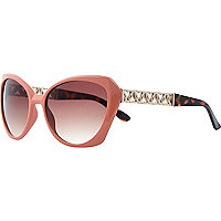 Light orange chain arm cat eye sunglasses