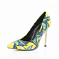Yellow tropical print pointed court shoes