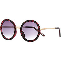 Red tortoise shell round sunglasses