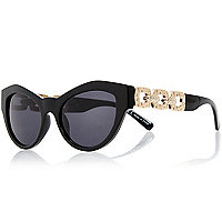 Black cat eye diamante sunglasses