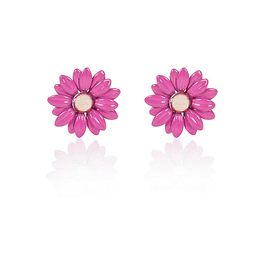 Bright pink daisy stud earrings