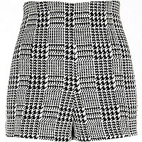 Black dogtooth check high waisted shorts