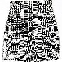 Black dogtooth check high waisted shorts