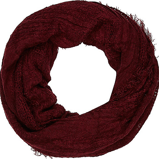 Dark red gauze laddered snood