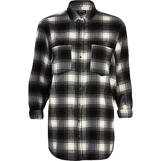 Black check oversized shirt