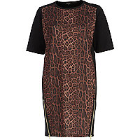 Brown leopard print t-shirt dress