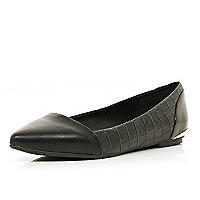 Black croc textured pointed ballet pumps