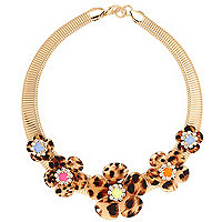 Gold tone leopard print flower necklace
