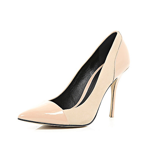 Light pink toe cap pointed court shoes