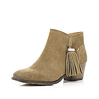 Light brown tassel trim Western ankle boots