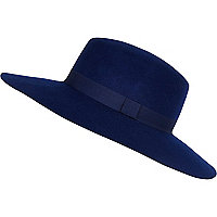 Navy blue shaker hat