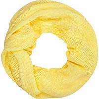 Yellow gauze laddered snood