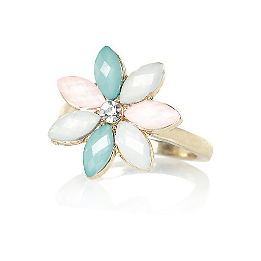 Gold tone pastel flower statement ring