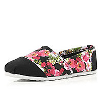 Black floral print panel canvas plimsolls