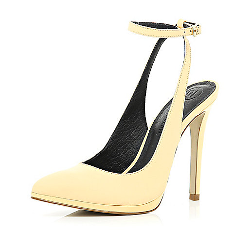 Light orange ankle strap pointed court shoes