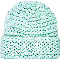 Light green super chunky knit beanie hat