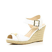 White two-part raffia wedges