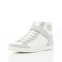 White quilted panel high tops