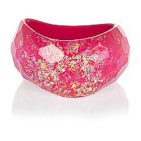 Pink flecked curved bangle